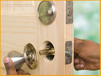 Cleveland Locksmith Services Cleveland, OH 216-606-9011